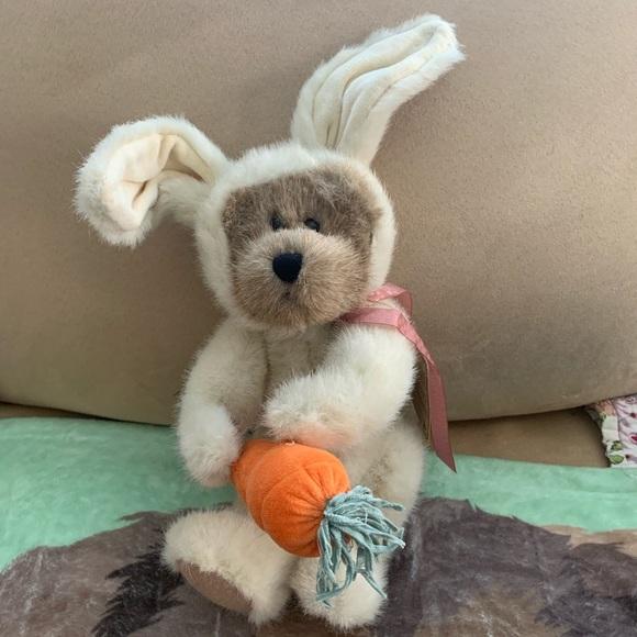 """Boyds Bear """"Marlowe"""" Plush Easter Bunny Peeker"""